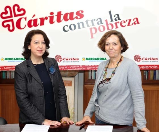 Amparo Bondía, directora de Relaciones Externas de Mercadona en Valencia, y María de la Concepción Guillén, directora de Cáritas Diocesana Valencia