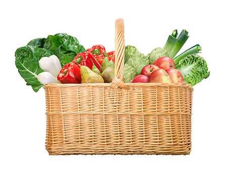 Picture of a real basket filled with fruit and vegetables. Among the products are Swiss chard, onions, peppers, pears, artichokes, apples, celery and lettuce.